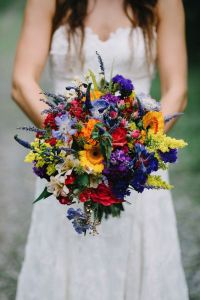 08-bold-wildflower-wedding-bouquet-can-be-made-by-yourself